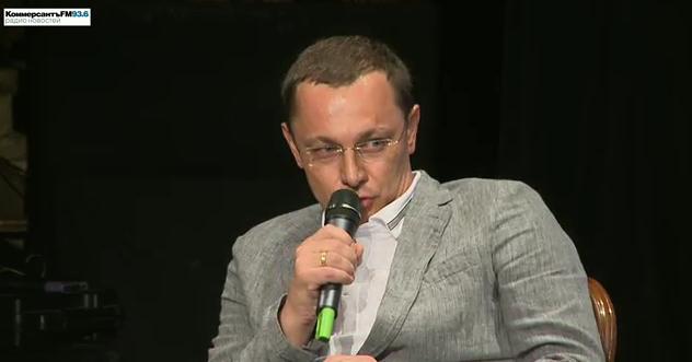 На концерте в честь второй годовщины ЪФМ вышел Олег Богданов